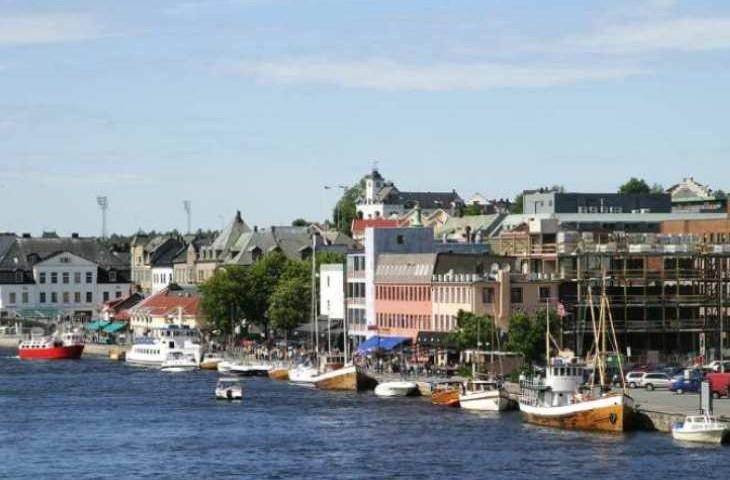 Det skal settes opp sendere i de store Østfold-byene, blant annet i Fredrikstad. Foto: Shutterstock