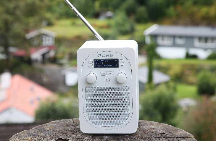 Antall DAB-radioer i norske husstander har økt med nesten en kvart million i tredje kvartal. Det er kun fjerde kvartal i fjor som har hatt en større vekst. Nå er det mer enn 1,9 millioner DAB-apparater i Norge. Foto: Tore Guriby