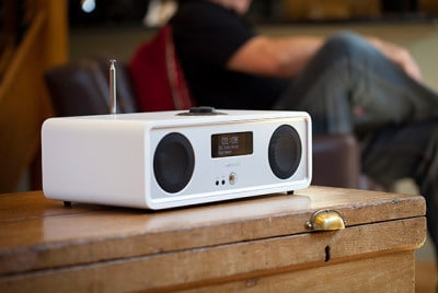 Ruark Audio R2 MK3 design radio Hvit